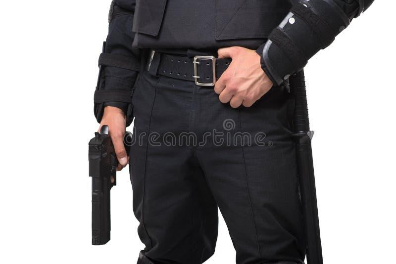 Вооруженный солдат сил специального назначения в черной форме стоковое фото
