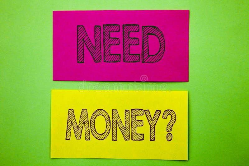 Вопрос о денег потребности показа текста объявления почерка Кризису финансов схематического фото экономическому, заем наличных де стоковое фото