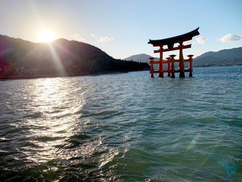 Ворота в Хиросиме стоковое фото rf