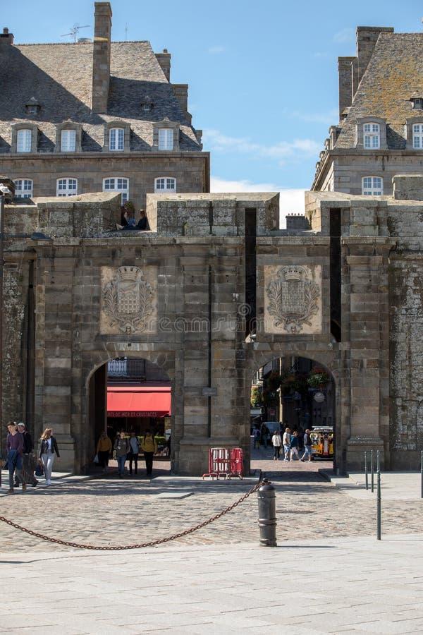 Ворота Сент-Винсента в Сен-Мало, Бриттани, Франция стоковое изображение