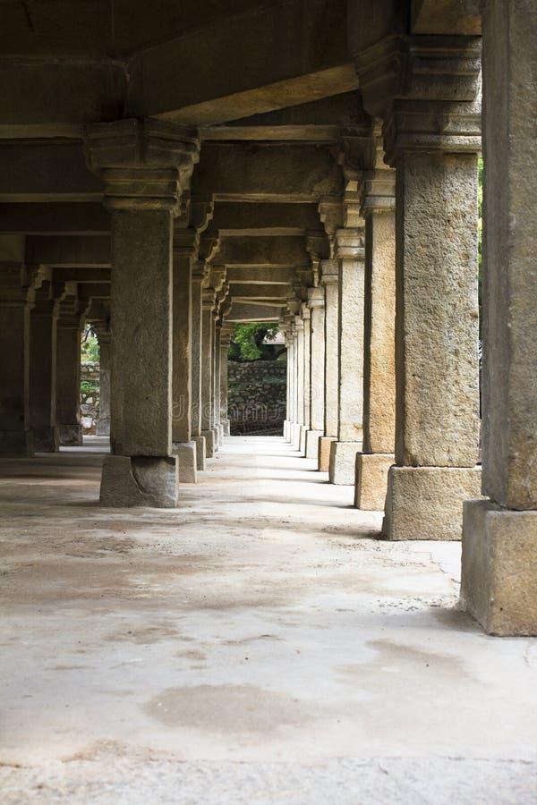 Ворот в усыпальнице сада lodhi стоковое изображение rf
