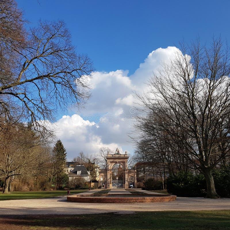 Ворот к муниципальному парку в Pankow в Берлине стоковая фотография