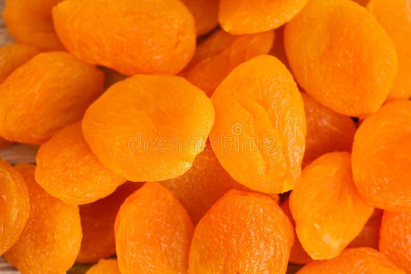 Ворох высушенных абрикосов стоковая фотография