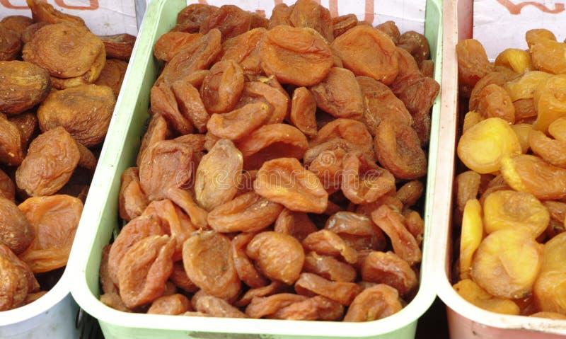 Ворох close-up высушенных абрикосов стоковое фото