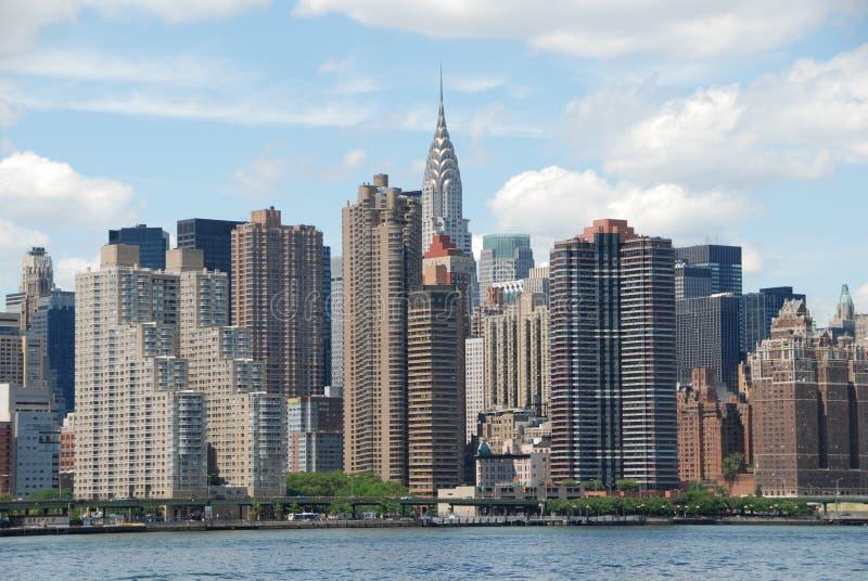 восточный взгляд горизонта nyc центра города manhattan стоковые изображения