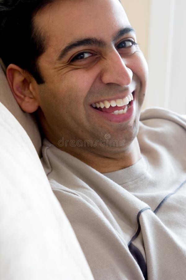 восточный счастливый индийский человек стоковая фотография rf