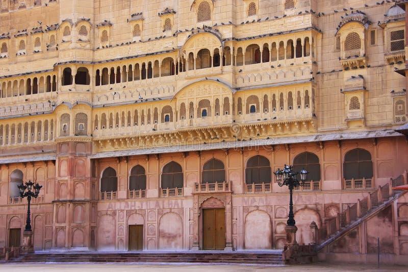 Восточный фасад форта Junagarh, Bikaner, Индии стоковая фотография rf
