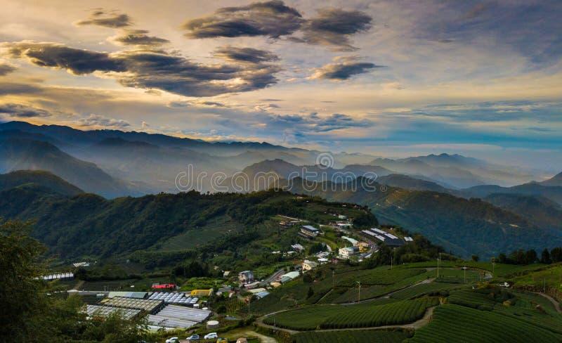 Восходящее солнце от саммита одного в Тайване стоковая фотография rf