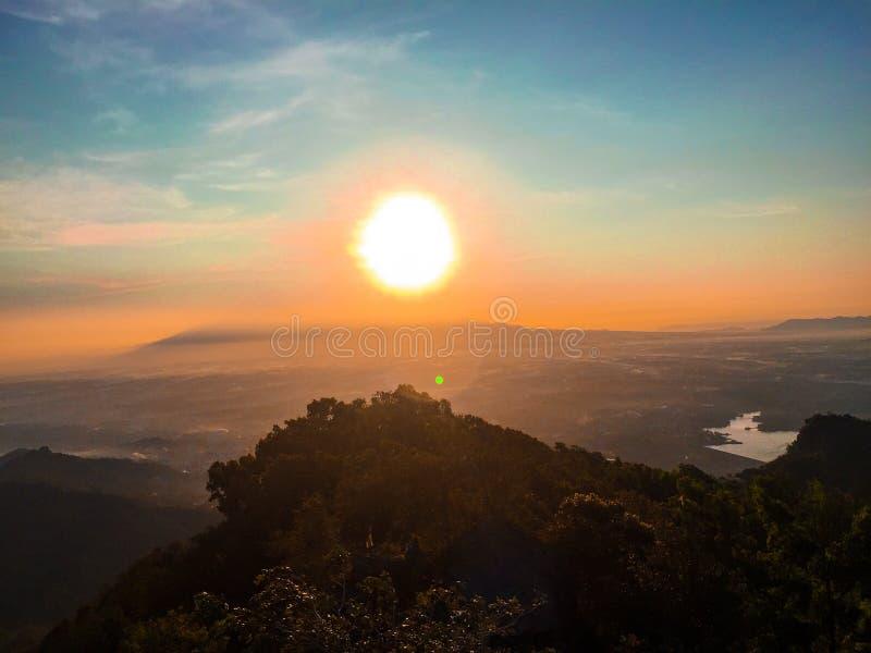 Восход солнца в утре стоковая фотография rf