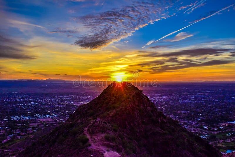 Восход солнца в Фениксе, Аризоне стоковое изображение rf