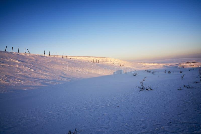 Восход солнца в icefield около арктики стоковое изображение