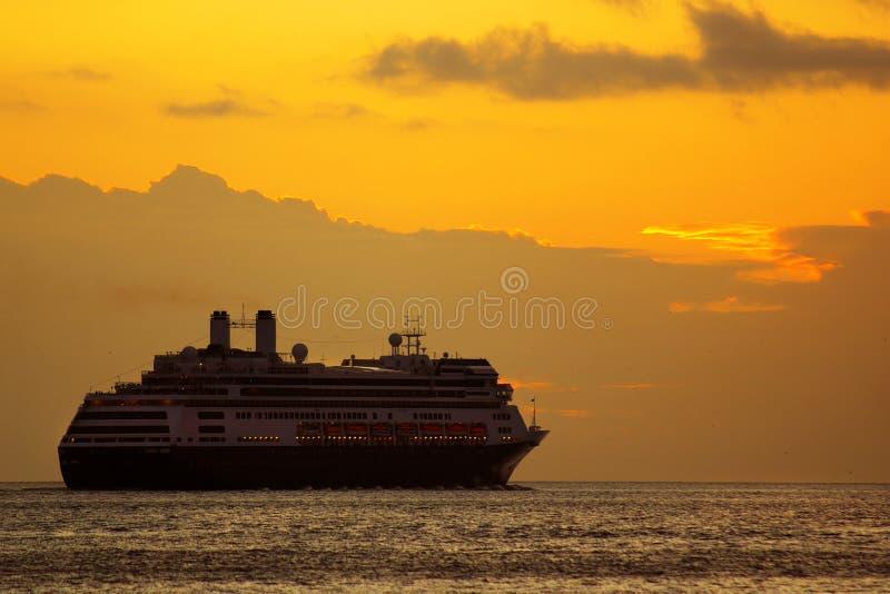восход солнца круиза стоковое фото rf