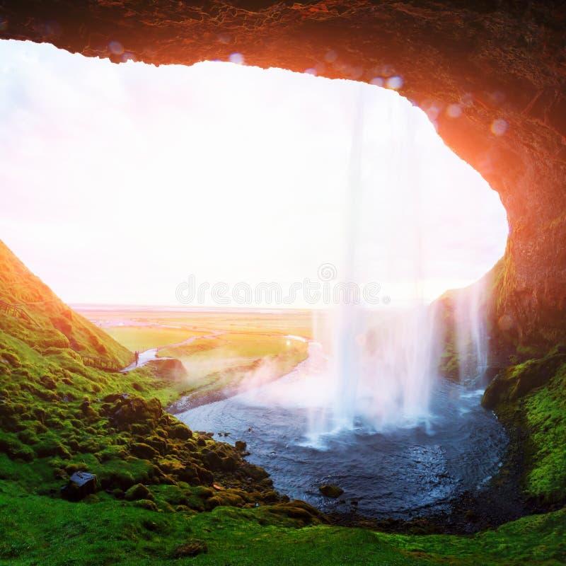 Восход солнца на водопаде Seljalandfoss стоковые фотографии rf