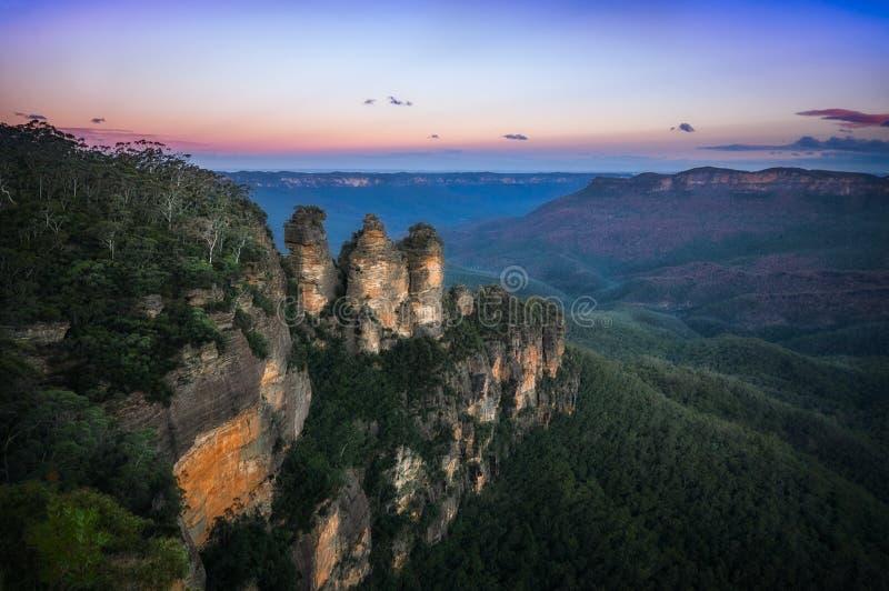 Восход солнца на этап Ecco в голубых горах стоковые изображения