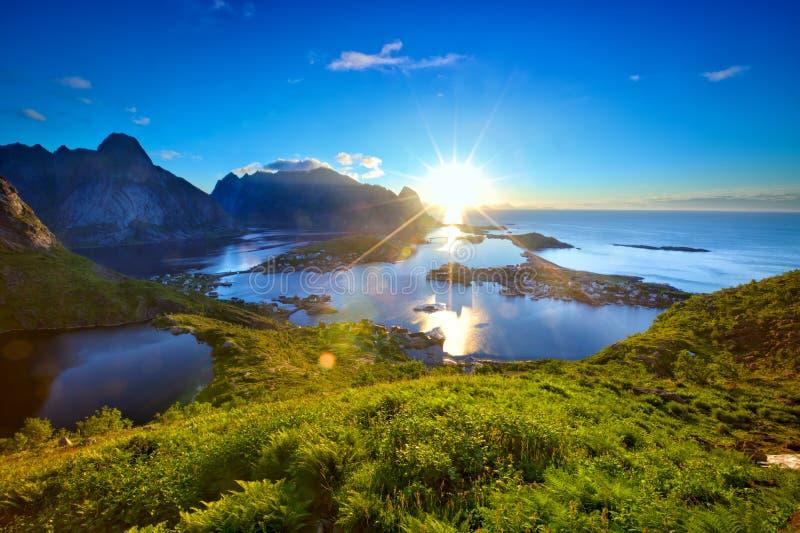 Восход солнца островов Lofoten стоковая фотография