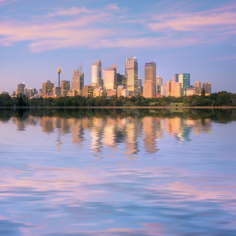 восход солнца Сидней квадрата горизонта Австралии стоковые фотографии rf