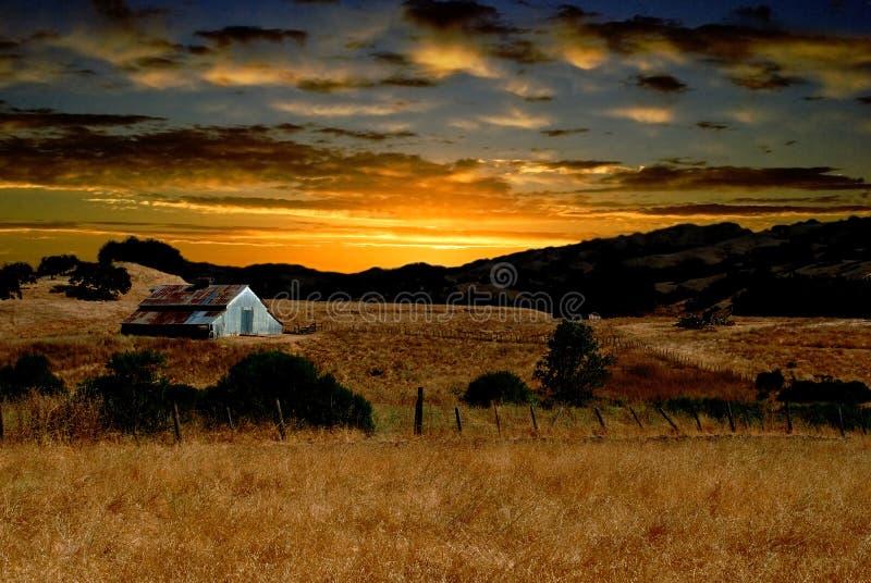 восход солнца фермы стоковое изображение rf