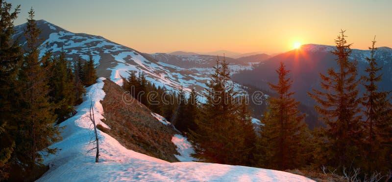 Восход солнца весны стоковые фото