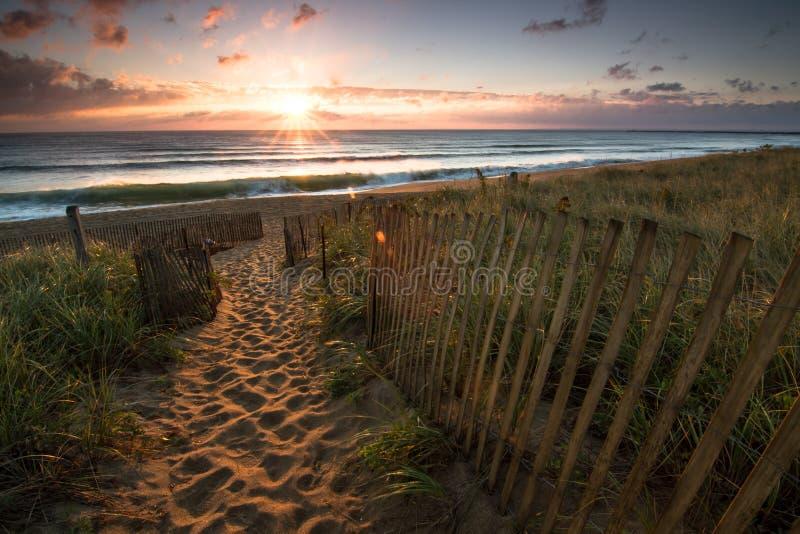 Восход солнца в Солсбери, МАМАХ стоковые изображения rf