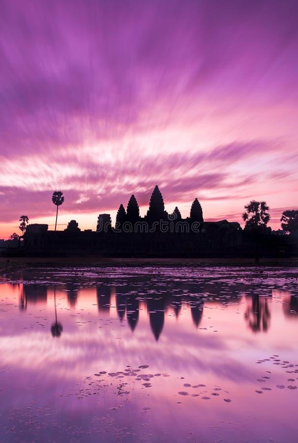 Восход солнца в Angkor Wat стоковое изображение rf