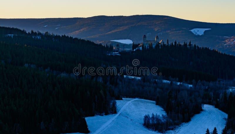 Восход солнца зимы в горе VI стоковые фотографии rf