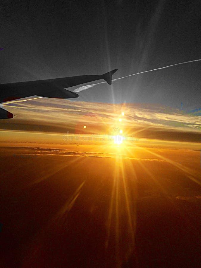 Восход солнца, муха, америкэн эрлайнз стоковая фотография rf