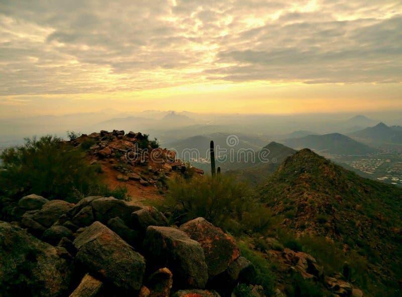 Восход солнца над восходом солнца стоковая фотография rf