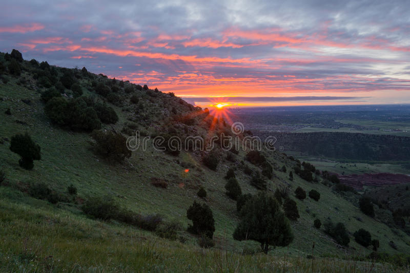 Восход солнца над Денвером стоковые фото
