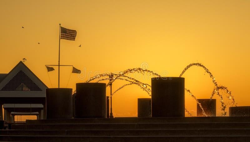 Восход солнца на парке портового района стоковое изображение