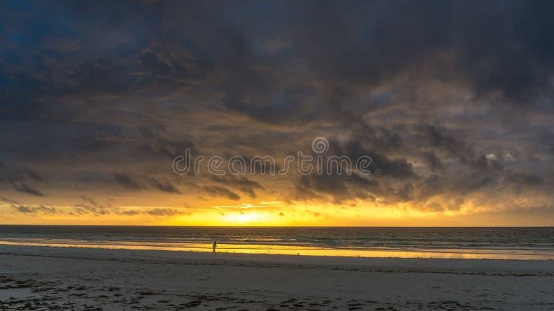Восход солнца на пляже Diani стоковая фотография rf