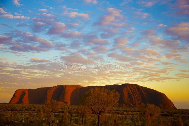 Восход солнца на утесе Ayer стоковое изображение