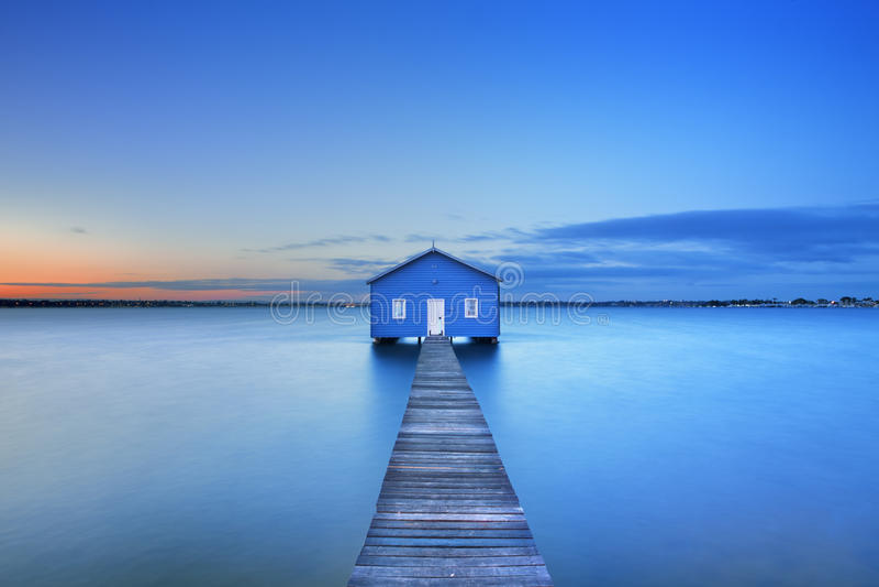 Восход солнца на эллинге залива Matilda в Перте, Австралии стоковая фотография rf
