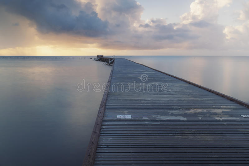 Download Восход солнца на Key West стоковое изображение. изображение насчитывающей активизма - 41655333