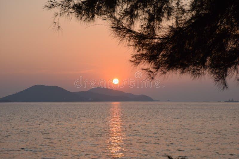Восход солнца на sattahip стоковая фотография rf