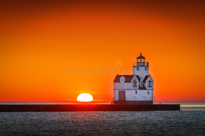 Восход солнца Lake Michigan стоковая фотография rf