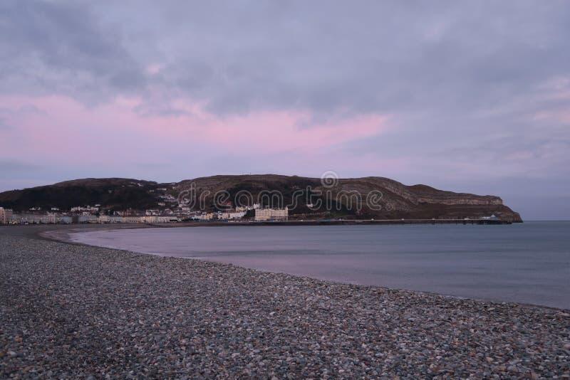 Восход солнца, Llandudno стоковое фото rf