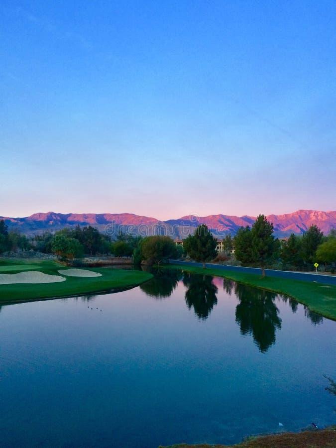 Восход солнца Palm Springs поля для гольфа стоковое изображение