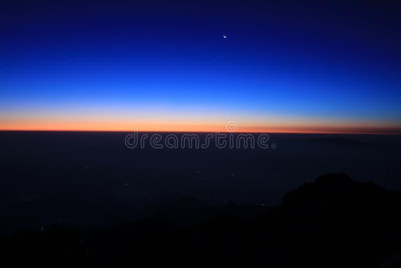 Восход солнца Tais держателя Китая стоковое фото rf