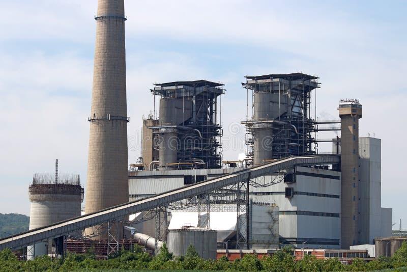 восходящий поток теплого воздуха силы завода центрального отопления стоковая фотография