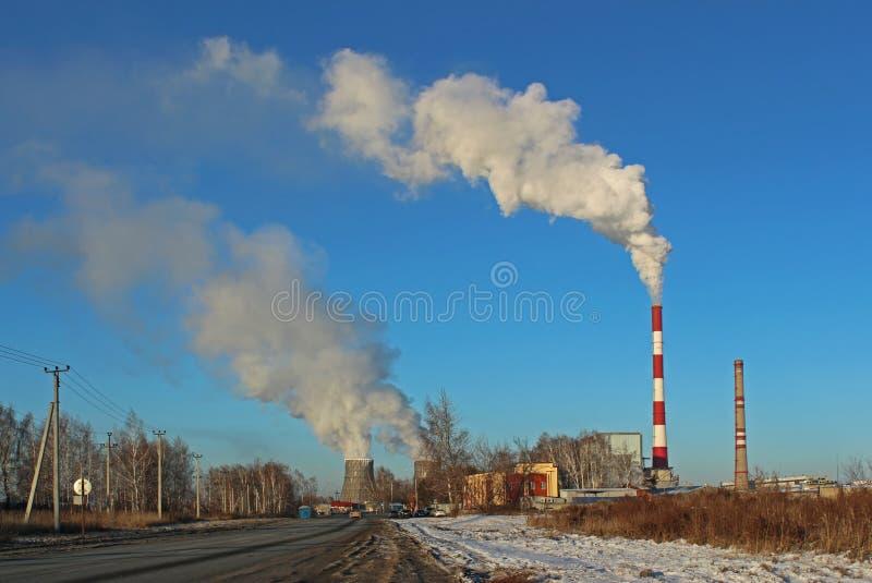 восходящий поток теплого воздуха силы завода центрального отопления стоковое фото rf