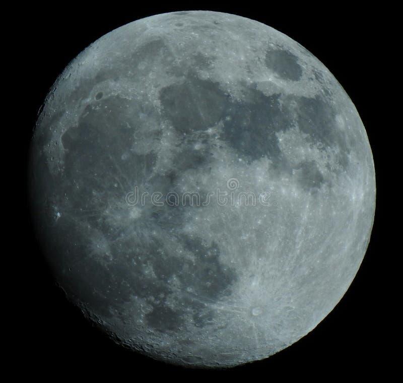 Вощиющ Gibbous луну - 94% стоковая фотография