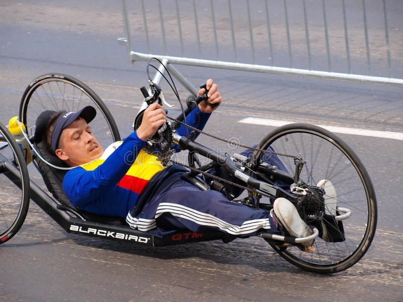Download Во-вторых марафон Люблина, Люблин, Польша Редакционное Стоковое Изображение - изображение насчитывающей нетерпимые, riding: 40581449