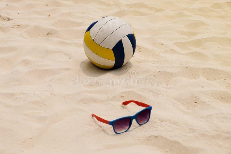 Волейбол на пляже лета стоковое фото
