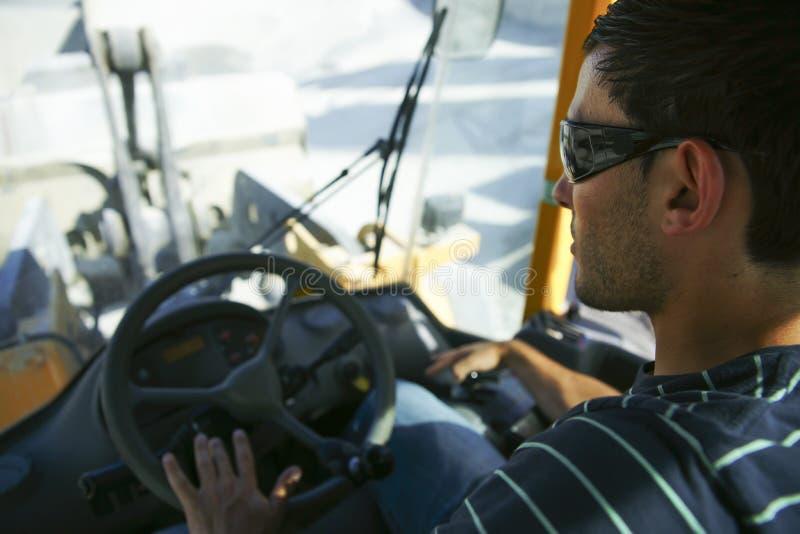 Водитель затяжелителя колеса стоковое изображение rf