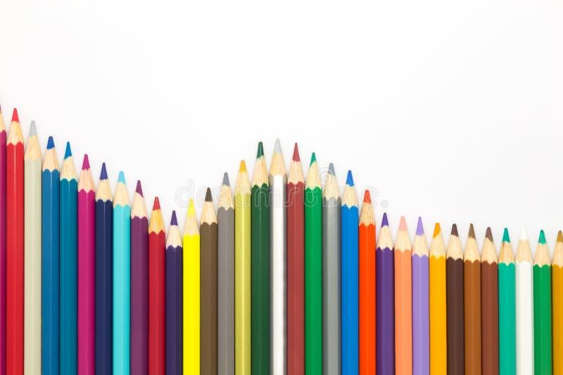 Волна множественного деревянного цвета рисовала на белой предпосылке стоковое изображение rf