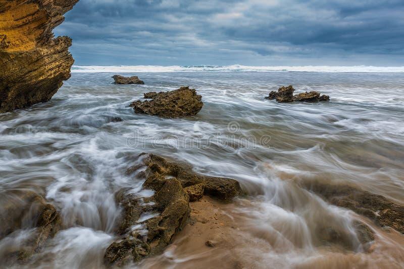 волны волны океана переднего плана фокуса стоковые фотографии rf