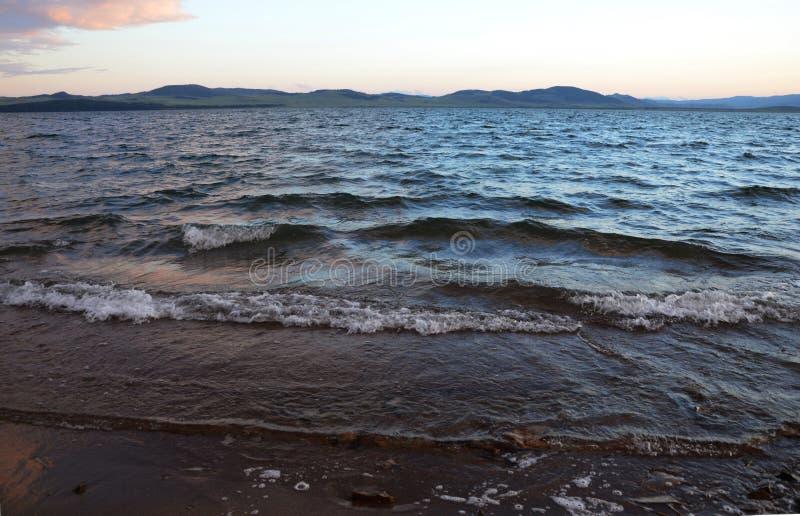 Волны на озере Itkul 2 стоковое изображение
