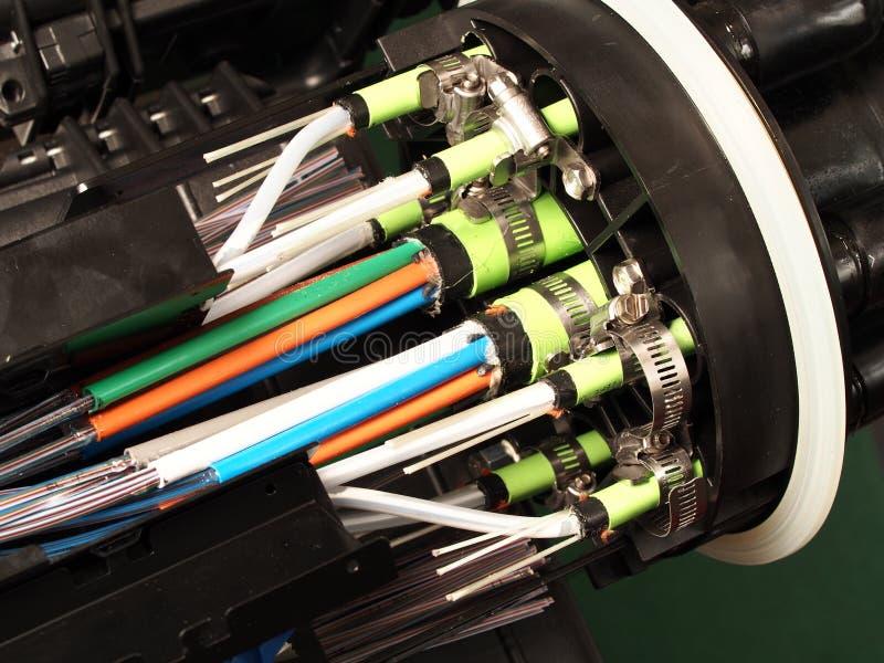 Волокно - оптическое массовое закрытие с портами входа кабеля стоковое фото