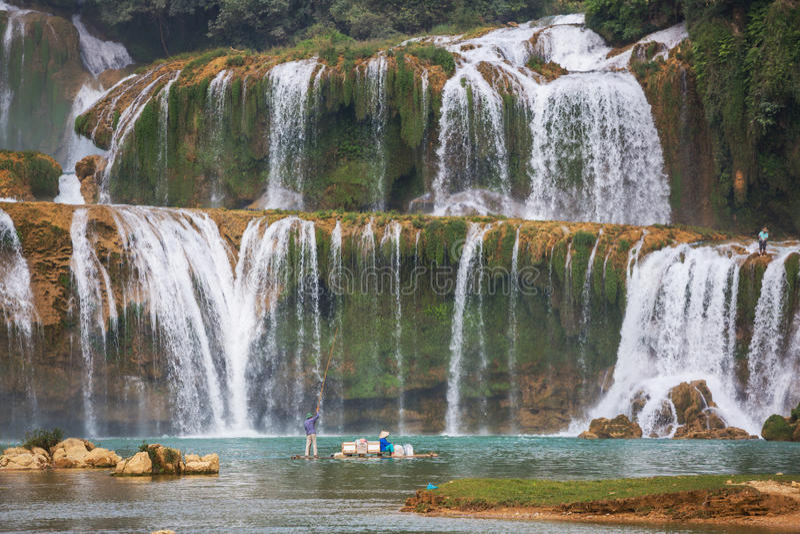 водопад Вьетнама стоковые фотографии rf