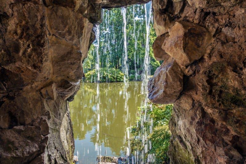 Водопад в Нанте стоковое фото
